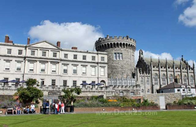 Dublin-Castle--entire-castl.decking3